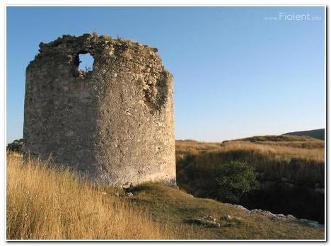 Инкерман, генуэзская крепость