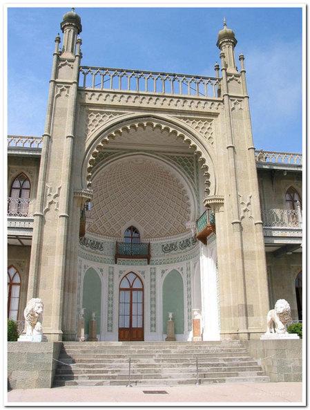 Портал Воронцовского дворца